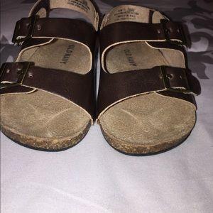 Old Navy brown sandals VGUC